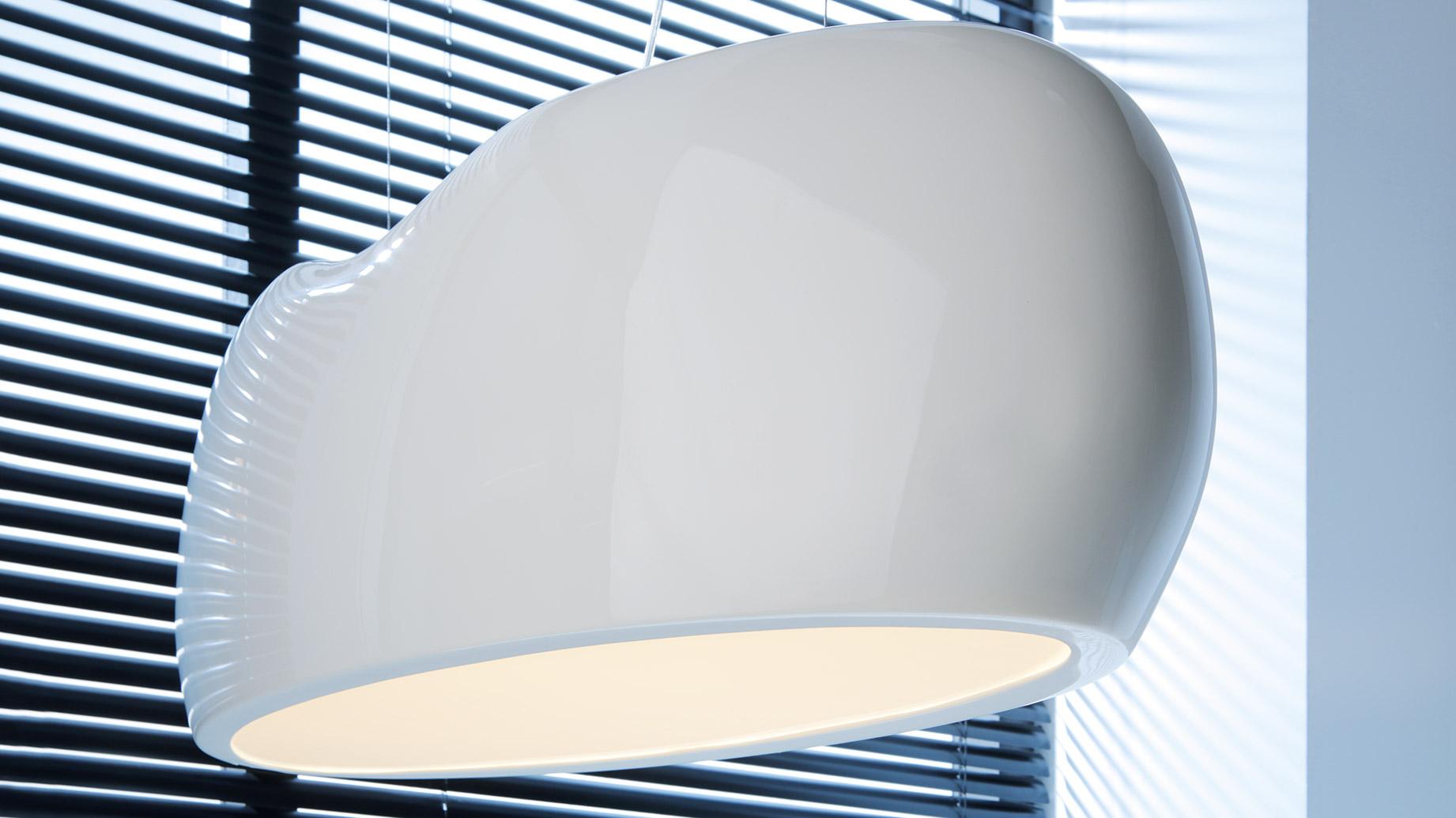 stock b roeinrichtungen helle design b roleuchte f r. Black Bedroom Furniture Sets. Home Design Ideas